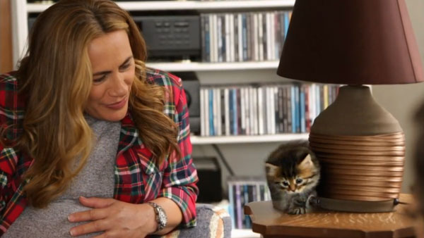 Whanau Living presenter Jenny-May Clarkson meets Siberian kitten JoJo.